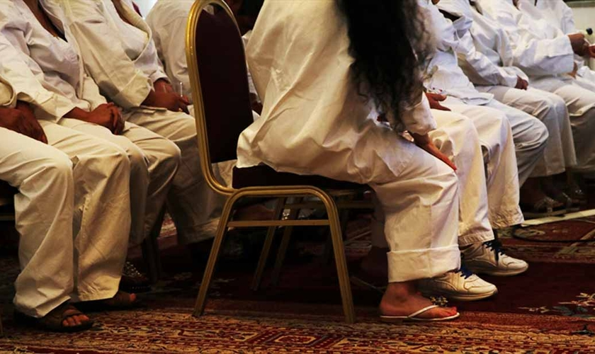 Cristãos se preparam para batismo em igreja da Sìria. (Foto: Portas Abertas - EUA)