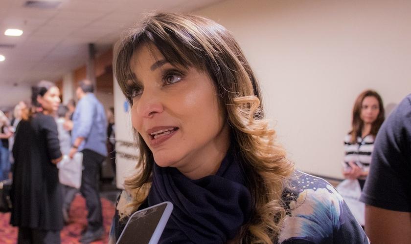 """Soraya Moraes em entrevista ao Guiame durante a pré-estreia do filme """"Superação - O Milagre da Fé"""". (Foto: Guiame/Marcos Paulo Correa)"""