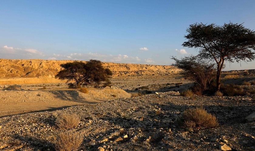 Imagem do lado de fora da caverna Malham no Monte Sodoma, em Israel. (Foto: AFP)