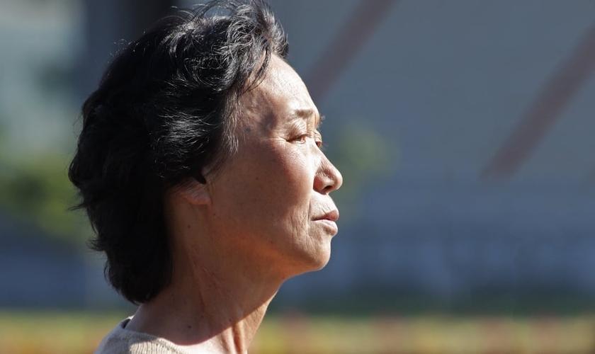 Imagem ilustrativa. Hea Woo passou anos presa em campos de concentração na Coreia do Norte. (Foto: Open Doors USA)