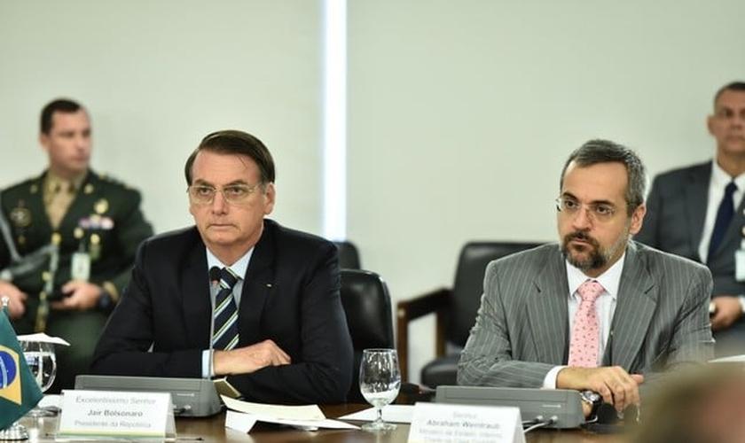 O presidente Jair Bolsonaro e o novo ministro da Educação, Abraham Weintraub. (Foto: Casa Civil/PR)
