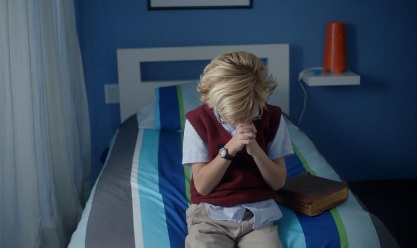 """""""Eu Acredito"""" mostra a busca de uma criança em saber sobre os milagres de Deus. (Foto: Divulgação)"""