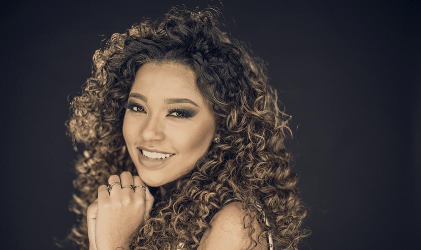 Gabriela Gomes estará no palco principal da Expoevangélica 2019. (Foto: Divulgação)