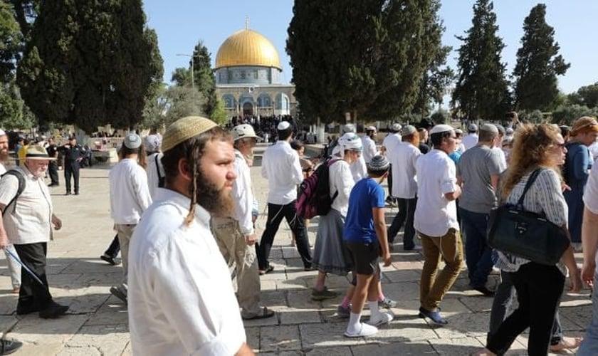 Judeus tiveram acesso ao Monte do Templo no Dia de Jerusalém, em 2 de junho de 2019. (Foto: Emil Salman)