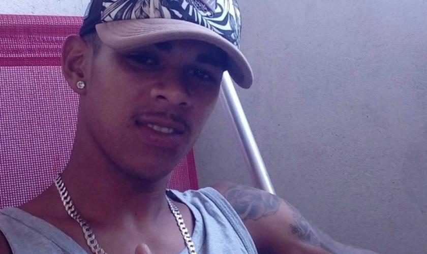 Herick Costa Nunes foi assassinado a tiros aos 21 anos em Vila Velha. (Foto: Arquivo Pessoal)