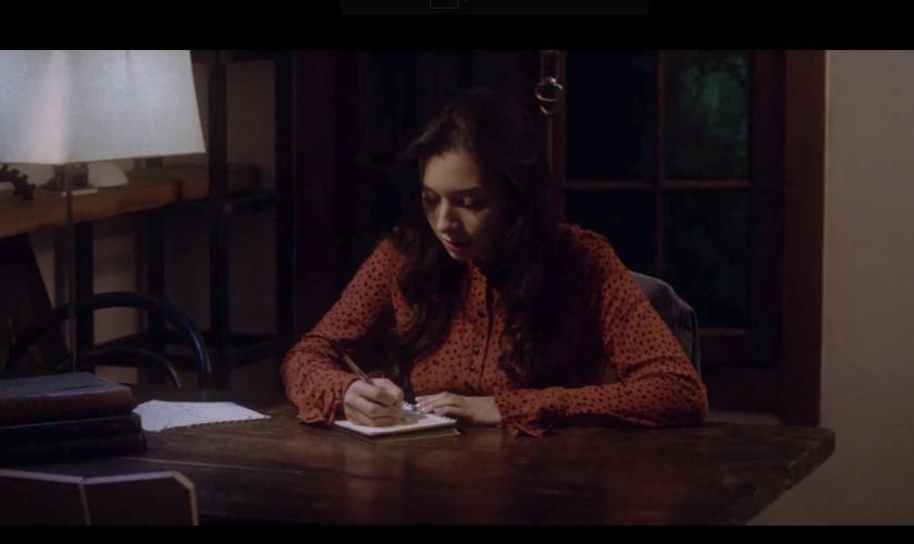 Cenas do curta-metragem Da Morte Para Vida, protagonizado pela psicóloga Jhessy. (Foto: Reprodução/YouTube)