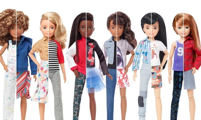 As bonecas 'sem gênero' têm roupas e perucas para serem customizadas com perfis masculinos ou femininos. (Foto: Mattel)