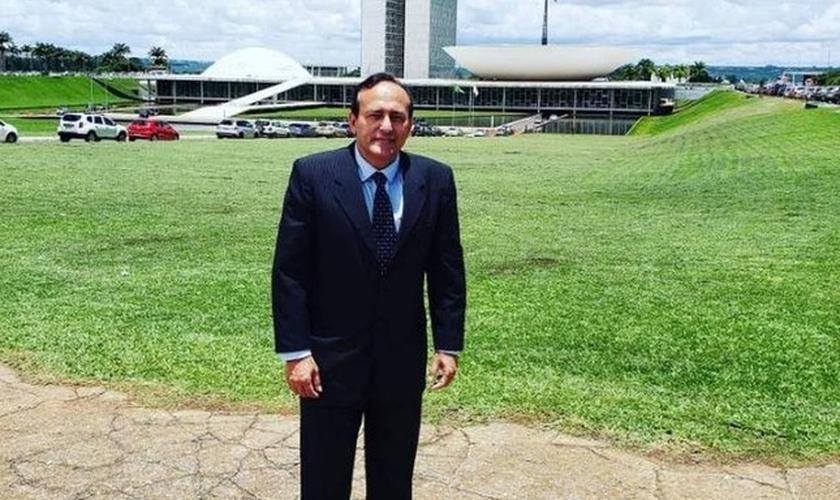 Edilásio Barra é apresentador, jornalista e pastor. (Imagem: Reprodução)