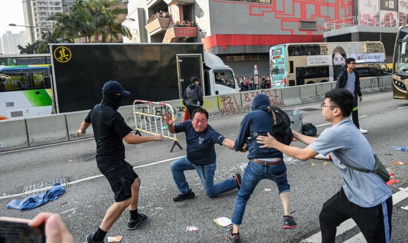 Protestos se intensificam em Hong Kong. (Foto: Billy H.C. Kwok/Getty Images)