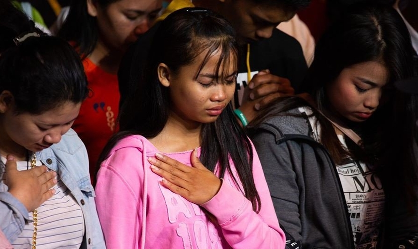 Mais de 23 mil pessoas ouviram a mensagem do Evangelho e quase 1.400 se entregaram a Jesus durante a cruzada evangelística realizada pelo pastor Franklin Graham. (Foto: Facebook / Franklin Graham)