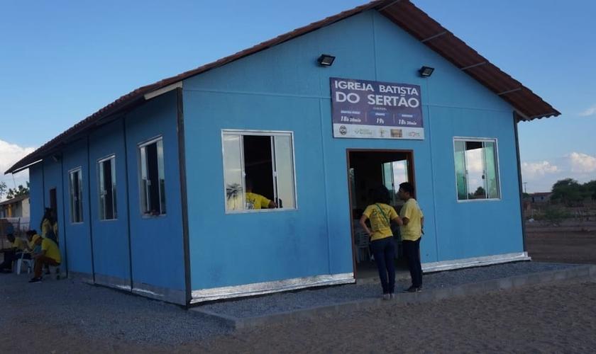 Localizada na zona rural de Juazeiro, na Bahia, a Igreja Batista do Sertão superou a meta de arrecadação proposta por seu pastor, que já era 4 vezes mais que sua entrada mensal. (Foto: Igreja Batista do Sertão)