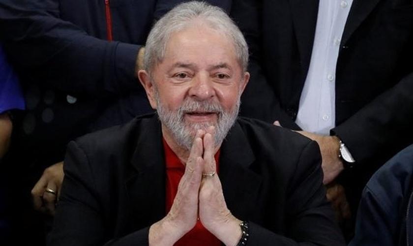 O ex-presidente Lula quer tentar aproximação entre o PT e evangélicos. (Foto: Reuters / Nacho Doce)