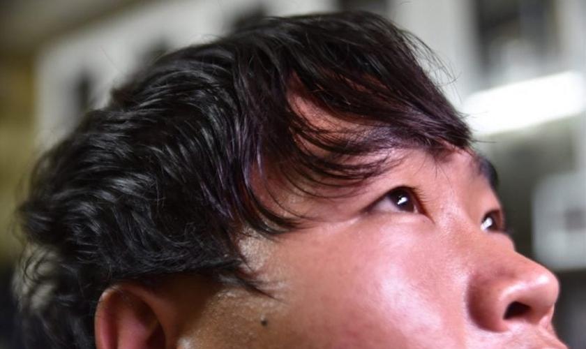 Pessoas que rejeitam as crenças tribais são excomungadas da família no Vietnã. (Foto: Portas Abertas)