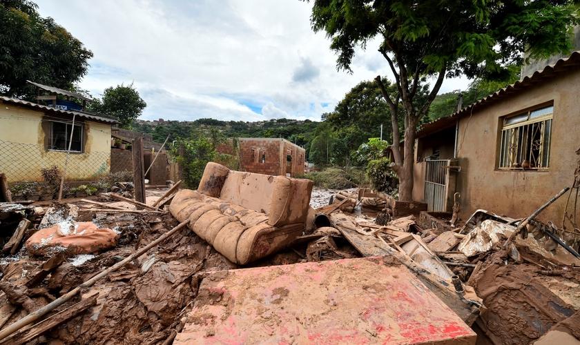 Um dos bairros de Sabará, na região metropolitana de Belo Horizonte, afetados pelas fortes chuvas. (Foto: Yuri Edmundo/EFE)