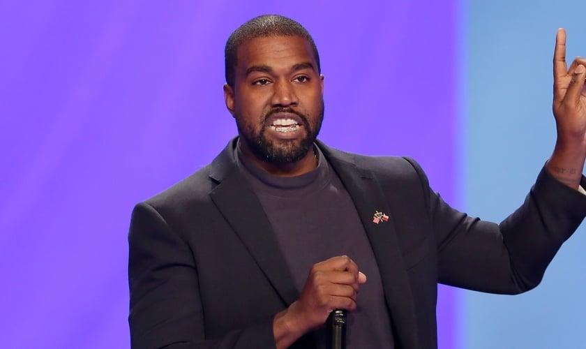 "Kanye West lançou recentemente o álbum ""Jesus is King"" (""Jesus é Rei""). (Foto: Wate)"