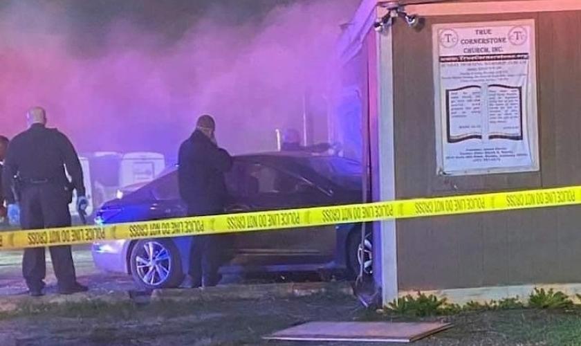 A polícia da cidade de Mobile atendeu a um chamado para checar a ocorrência em que Alisha Woodard foi baleada. (Foto: Facebook/Ashley Trinidatruth Wilson)