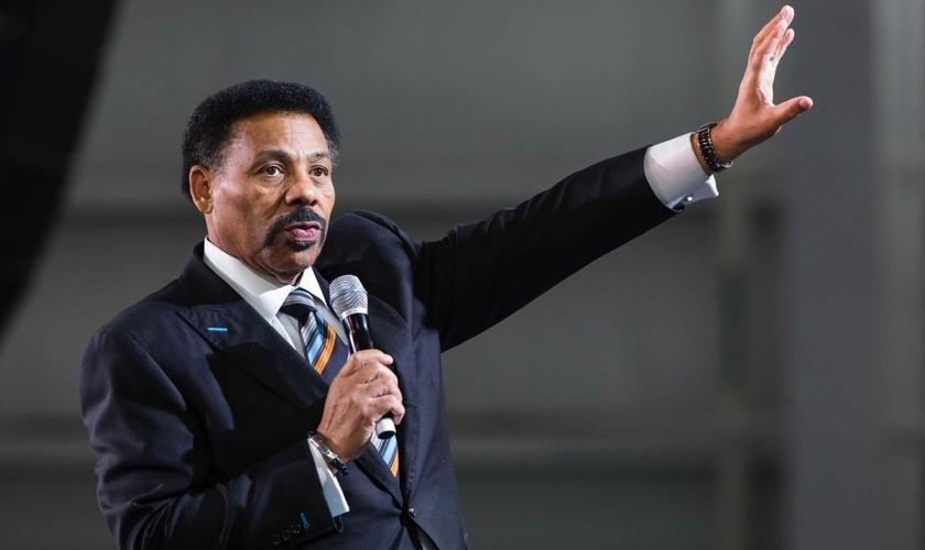 Tony Evans é pastor da pastor sênior da Irmandade Bíblica de Oak Cliff, em Dallas. (Imagem: Youtube)
