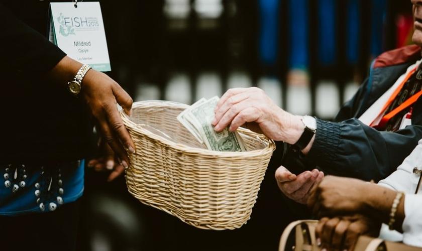 Igrejas tiveram queda nas doações desde a suspensão dos cultos. (Foto: Shari DeAngelo)