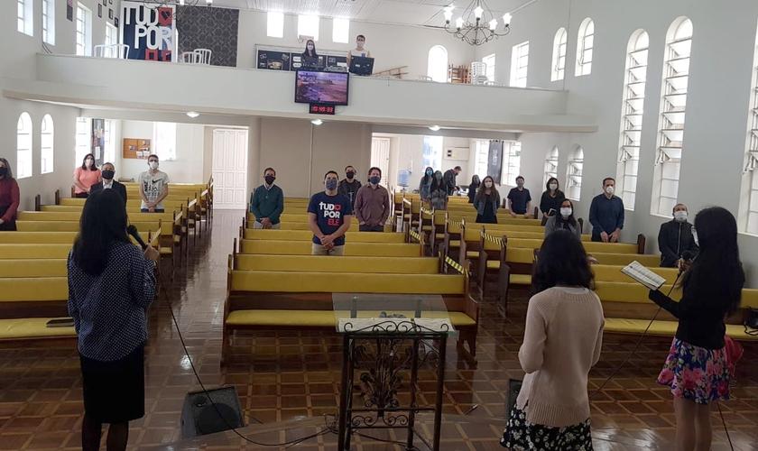 Igreja em Santa Catarina retomou os cultos seguindo as limitações estabelecidas. (Foto: Divulgação)