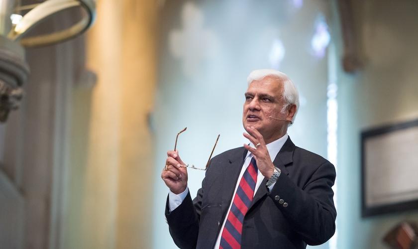 Evangelista Ravi Zacharias morreu de câncer aos 74 anos. (Foto: RZIM Zacharias Trust)