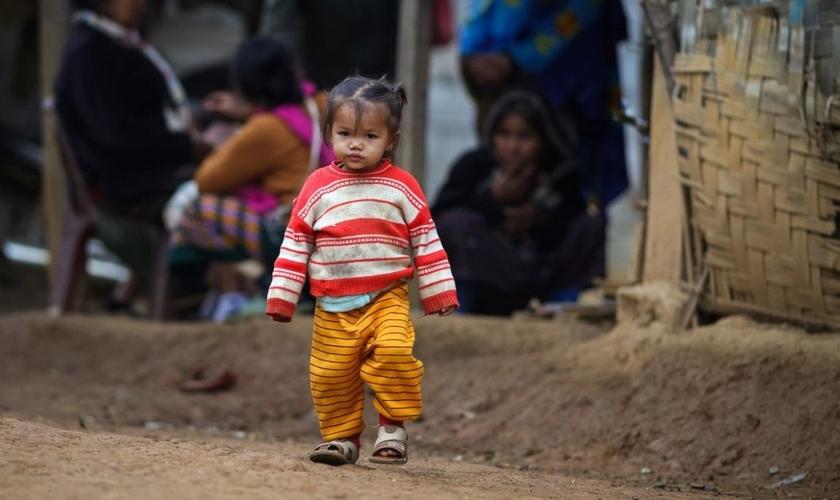 Cerca de 107 pessoas (18 famílias) do Vietnã tiveram ajuda negada pelo governo durante pandemia porque professam a fé cristã. (Foto: Portas Abertas - EUA)