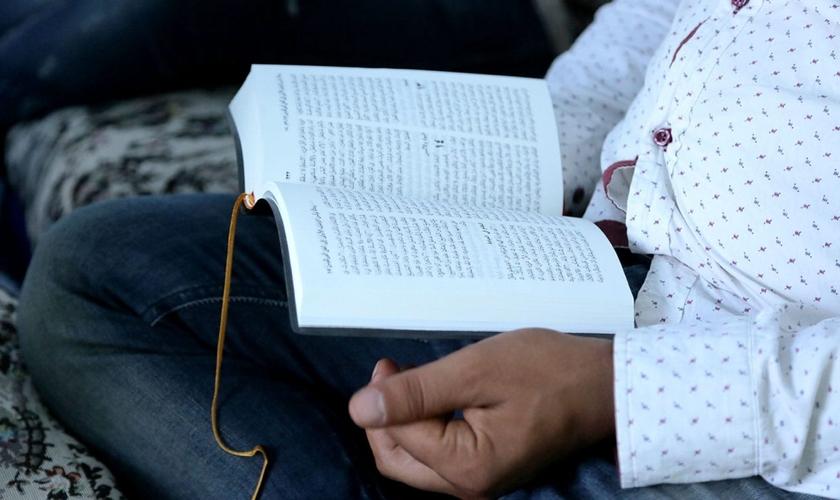 O 'contrabando' de Bíblias é uma estratégia adotada pela Portas Abertas desde sua fundação, para levar as Escrituras a países onde o cristianismo é hostilizado. (Foto: Portas Abertas - EUA)