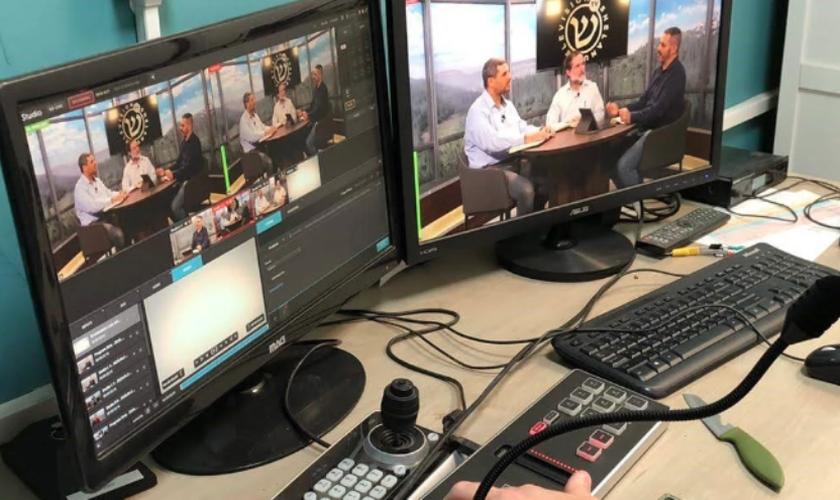 Imagem dos estúdios da Shelanu TV, que transmite conteúdo messiânico em Israel. (Foto: GOD TV)