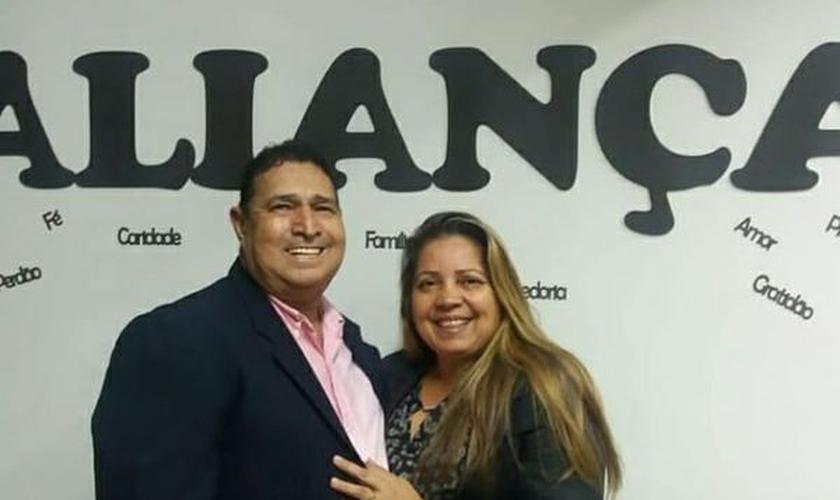 Wilber e Ana Lúcia eram casados há 40 anos e lideravam a Igreja do Evangelho Quadrangular, em Vila Velha. (Foto: Arquivo pessoal)
