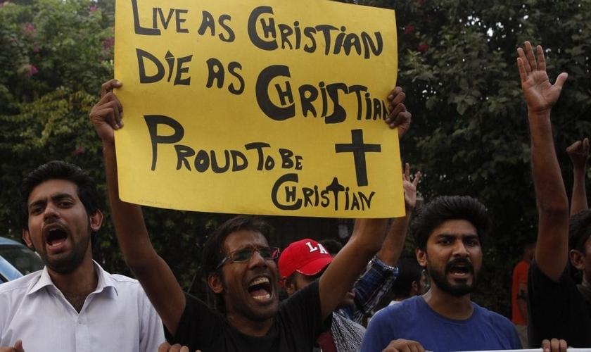 Cristãos se manifestam contra a intolerância religiosa na Índia. (Foto: The CSF)
