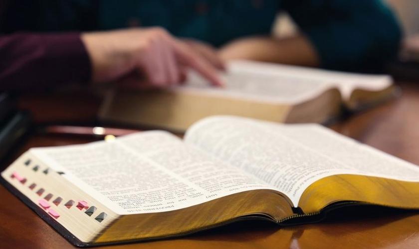 A Igreja Harvest tem muitos grupos de membros que se reúnem para estudos bíblicos nas casas. (Foto: CBN.com)