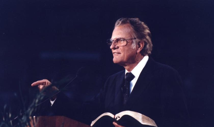 Billy Graham durante uma cruzada em Albany, Nova York, em 1990. (Foto: Associação Evangelística Billy Graham)