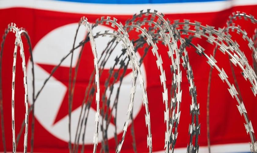 Boa parte das prisões da Coreia do Norte se transformaram em verdadeiros campos de concentração, que obrigam homens e mulheres a trabalhos pesados. (Foto: Live Action)