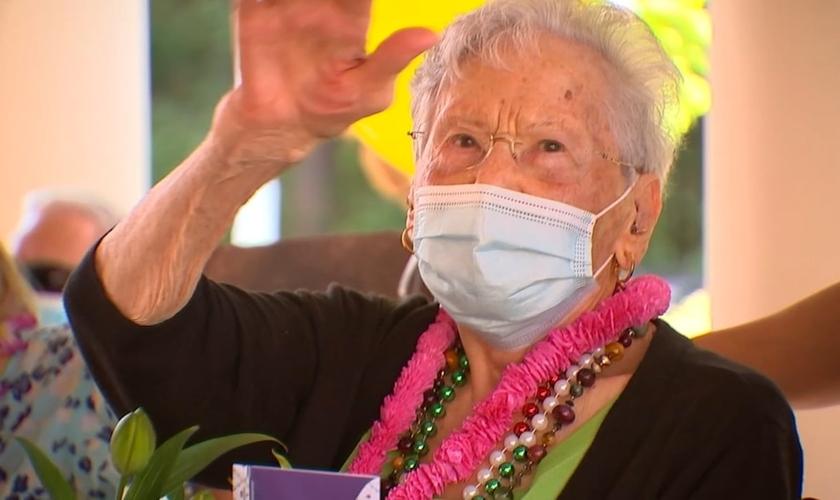 Miriam Jones diz que o segredo da longevidade é uma vida espiritual forte. (Foto: WTVD)