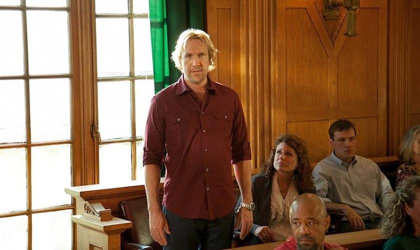 Ator David White em cena de Deus Não Está Morto 3. (Foto: Scenes Media)