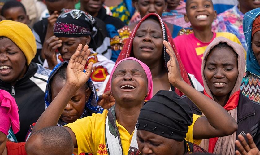 O evento ao ar livre durou duas semanas e contou também com curas, milagres, batismo no Espírito Santo e libertação. (Foto: CfaN).