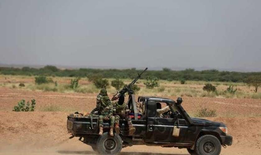 Ataque deixou 167 mortos em vilarejos no Níger. (Foto: Zohra Bensemra/Reuters).