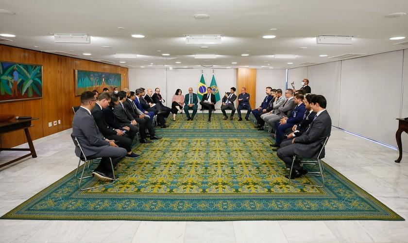 Jair Bolsonaro e ministros se reúnem com pastores em Brasília. (Foto: Isac Nóbrega/PR)