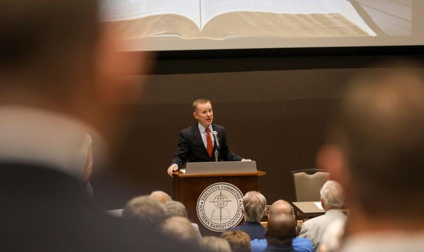 Reunião do comitê executivo na Convenção Batista do Sul no Alabama. (Foto: Jon Shapley/Associated Press)