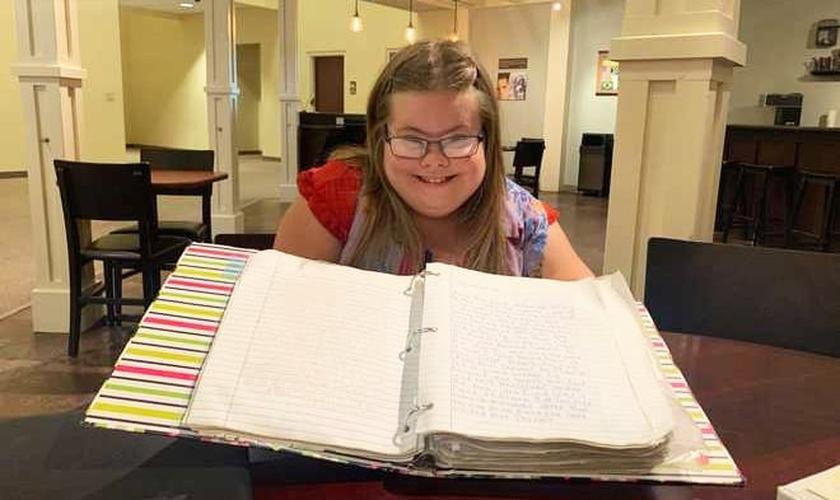 Caroline Campbell terminou seu projeto de 10 anos. (Foto: WJCL)