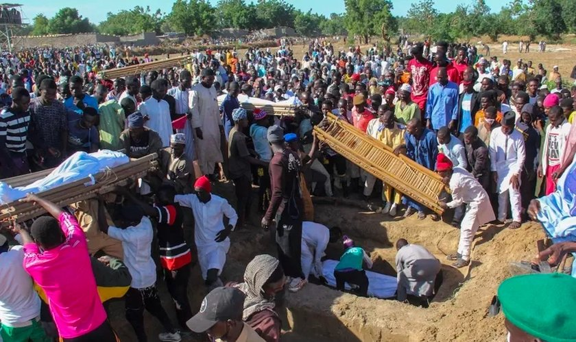 Apenas no primeiro semestre de 2021, jihadistas fulani assassinaram pelo menos 1.909 cristãos em ataques. (Foto: AFP via Getty Images/Audu Marte).
