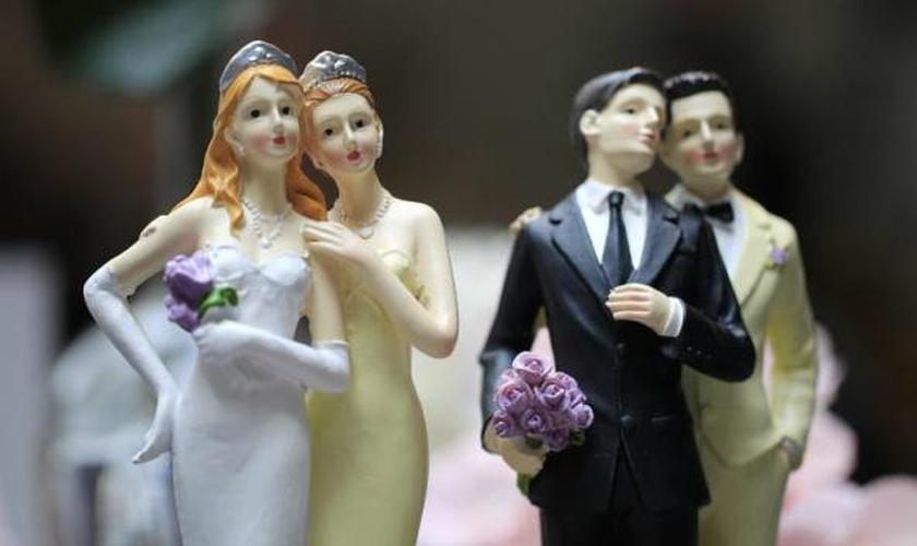Temendo aprovação do casamento gay, municípios deixam de oficializar uniões em seus tribunais