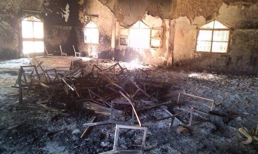Estabelecimento cristão, destruído / incendiado por fundamentalistas