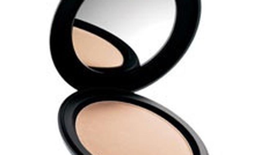Pó compacto é um ótimo aliado para a maquiagem