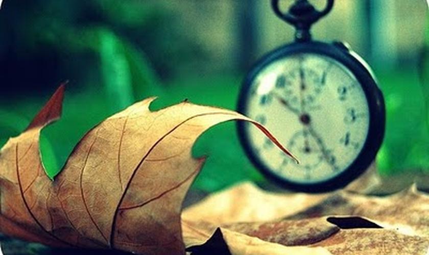 Tempo e relógio _ imagem ilustrativa