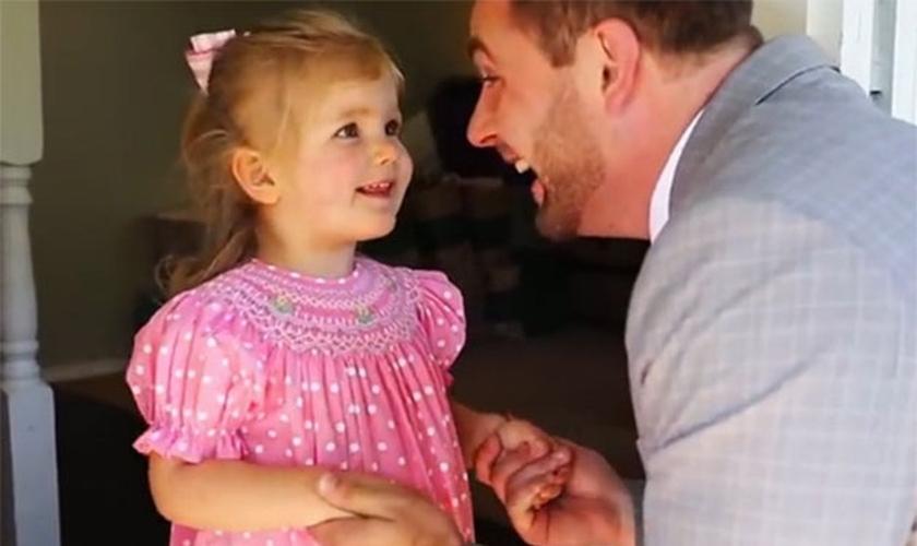 Encontro entre pai e filha