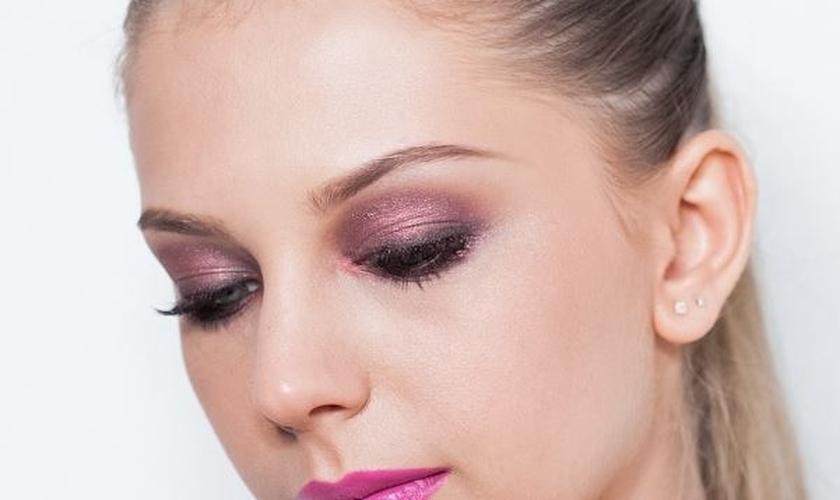 Maquiagem Marsala, tendência de cor 2015