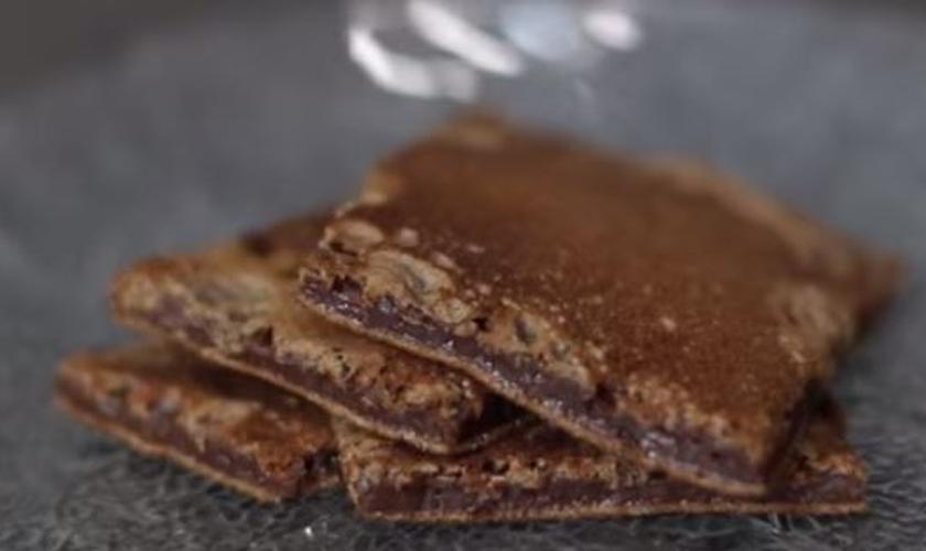 Brownie de tapioca na frigideira