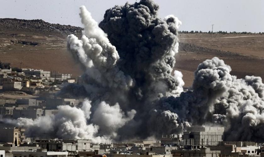 Ataque da Coalizão na Síria, em outubro de 2014