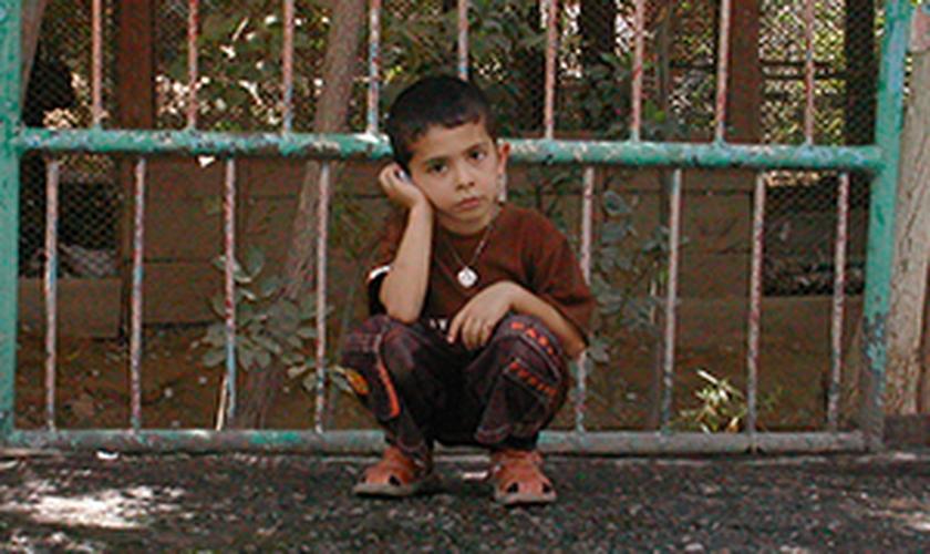 Criança no Turcomenistão