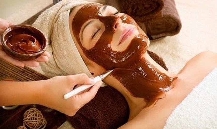 Mascara rá de chocolate facial